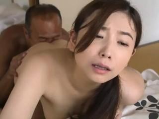 【ながえスタイル/笹倉杏】童顔で清楚な神乳熟女の奥さんが、旦那の不倫の仕返しに、アパートの管理人と仲良くなって濃厚不倫セックスしまくっちゃう淫乱人妻♪